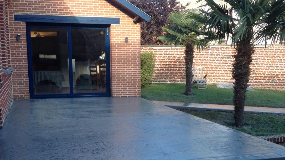 decoration terrasse beton. Black Bedroom Furniture Sets. Home Design Ideas